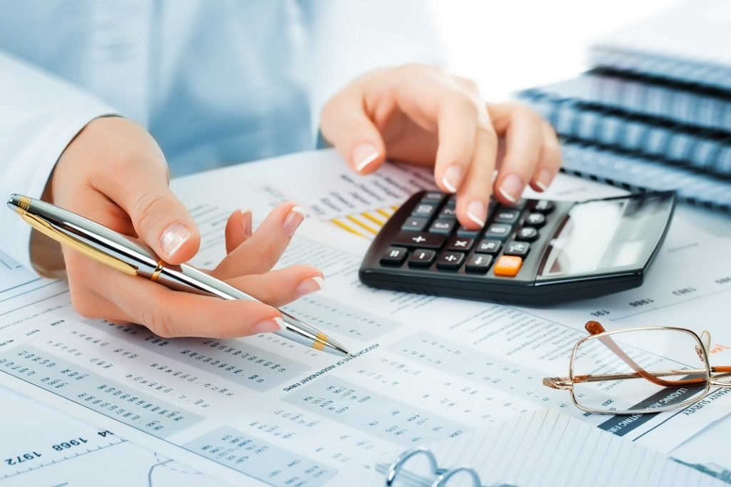 The Practical Business Side for Teaching Bookkeeping/Accounting